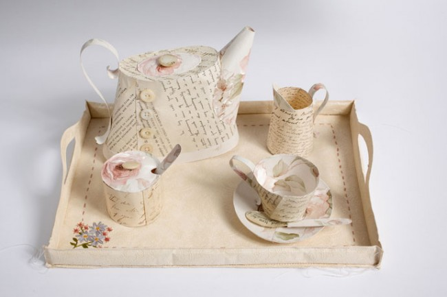 Teaset 30 x 40 x 20 cm by Jennifer Collier