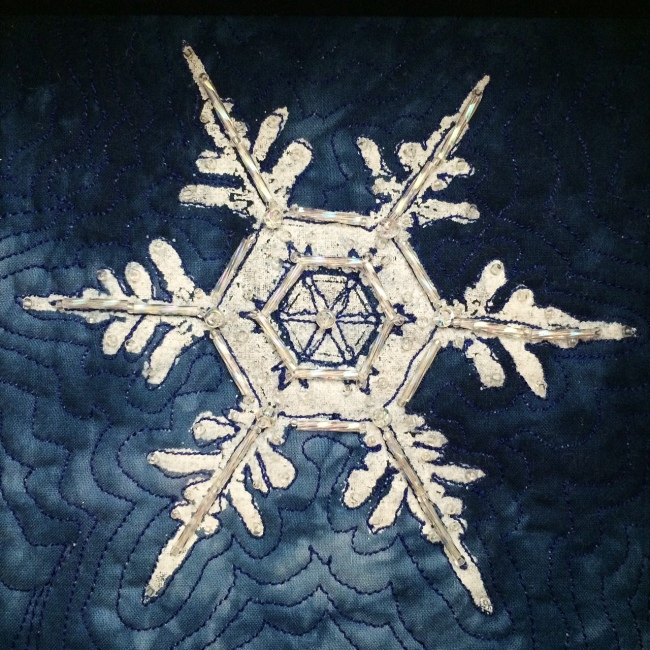 beaded_snowflakes4_lyric_kinard