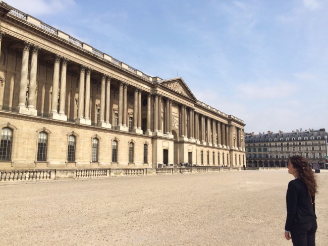 Louvre_exterior1