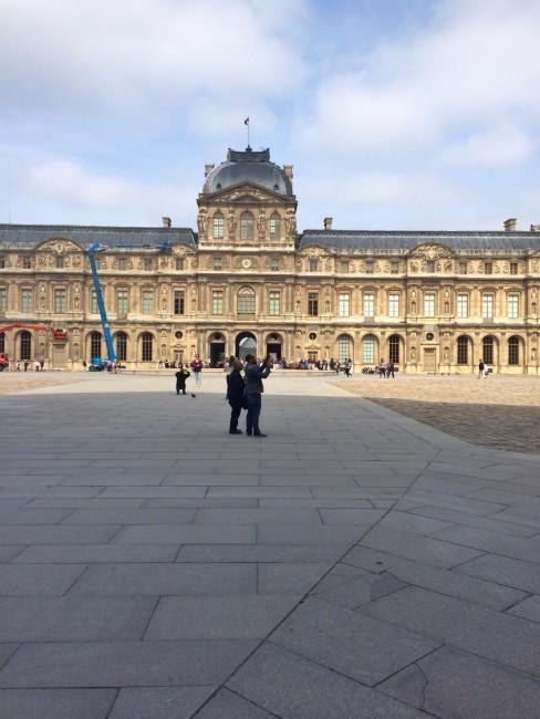 Louvre_exterior3