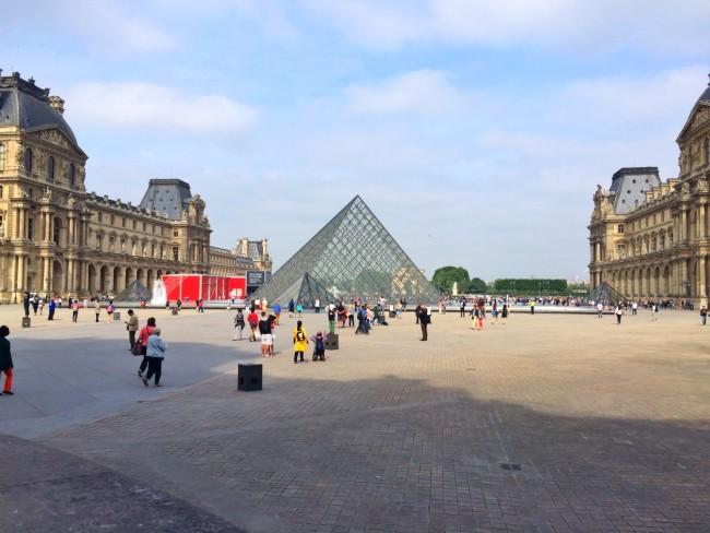 Louvre_exterior5