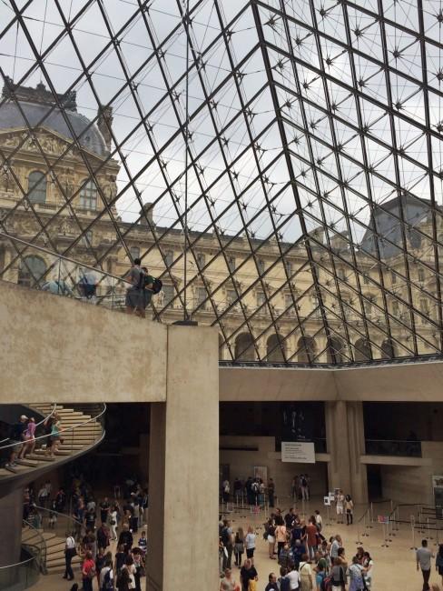 Louvre_exterior9