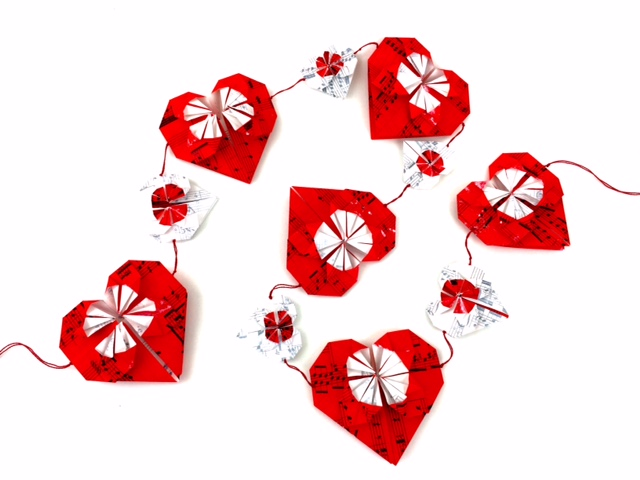 kinard_origami_heart_garland2