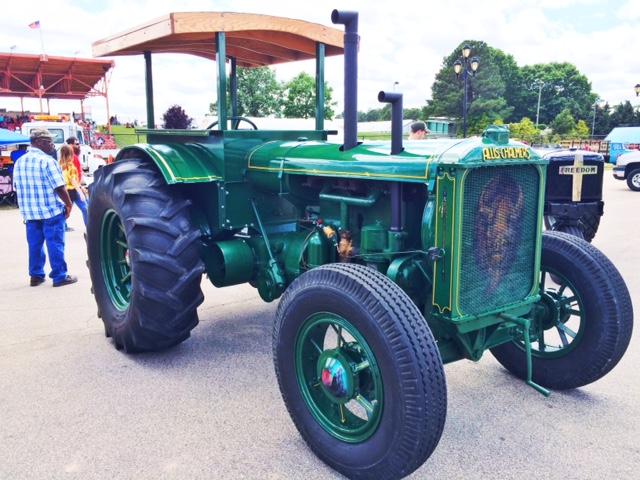 kinard_tractors_gottobenc_4