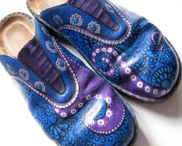 paint your shoes workshop