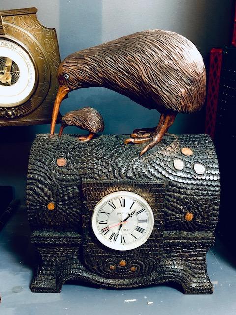 A kiwi bird clock.